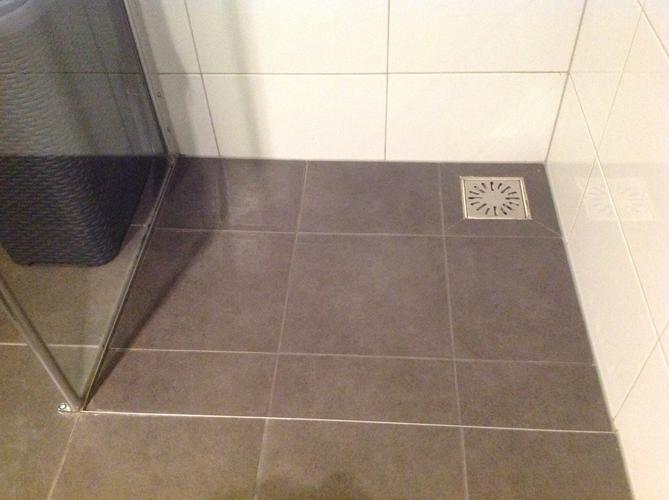 Douchewand Inloopdouche Plaatsen : Douche cabine douche kolom plaatsen werkspot