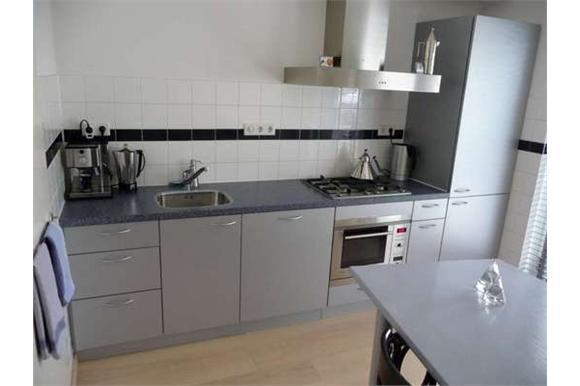Rechte Keuken Ikea : Keuken rechte opstelling meter witte landelijke keuken rechte