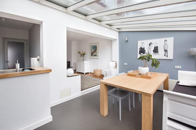 Schilderen woonkamer serre keuken gang trap overloop ong