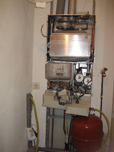 Intergas Kombi Kompakt Hre 3630.Monteren Intergas Kombi Kompakt Hre 36 30 Werkspot