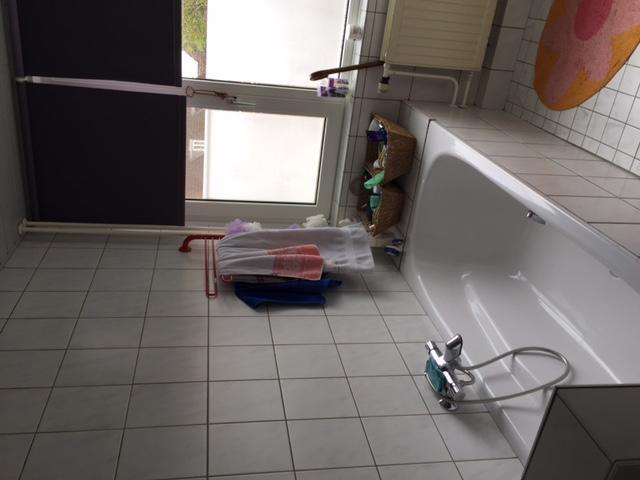 Renovatie badkamer stuken hal werkspot