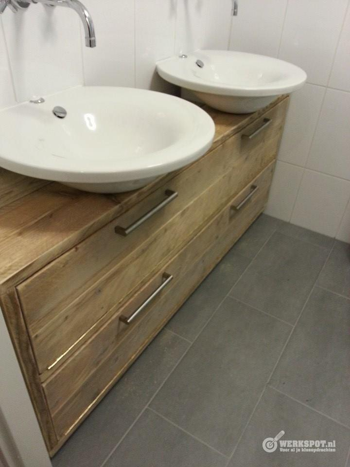 badkamermeubel van steigerhout maken werkspot