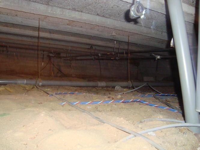Bekend isoleren vloer aan onderzijde in kruipruimte met pir platen - Werkspot NJ02