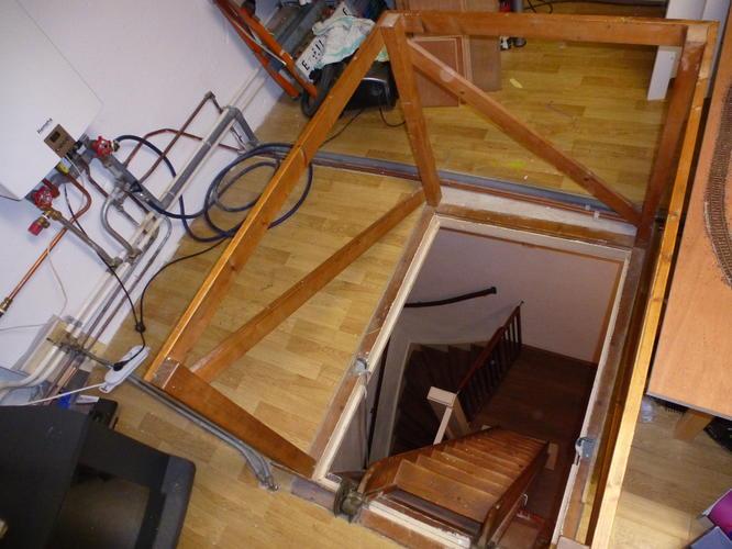 Trap plaatsen naar zolder incl trapgat maken werkspot for Trap plaatsen naar zolder