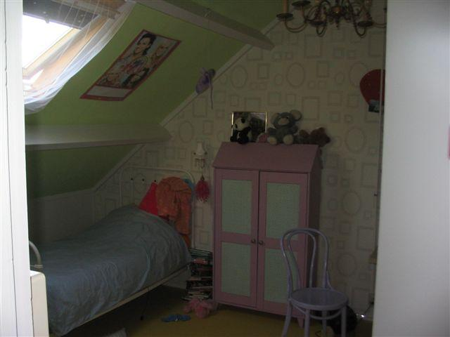 Slaapkamer met schuine wanden schilderen for Interieur schilderen