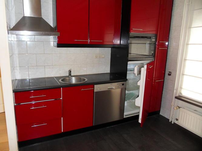 Keuken Verven Ikea : Keuken blok en en opbergmeubel over verven of spuiten werkspot