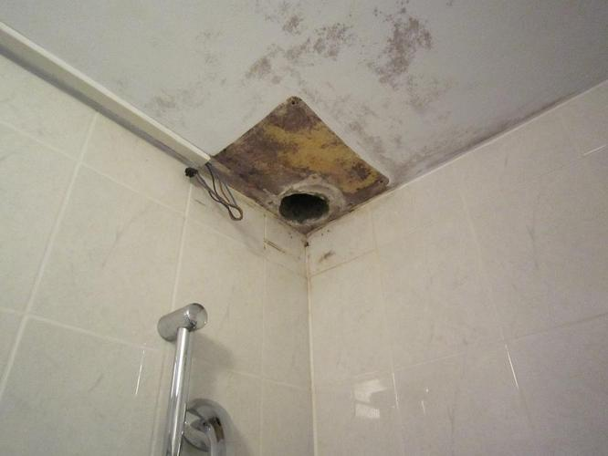 Badkamer Plafond Afzuiging : Ventilator badkamer aansluiten