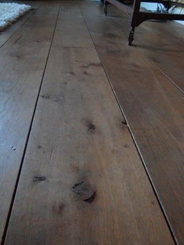 Eikenhouten planken vloer schuren en oli n werkspot for Tafel schuren en olien