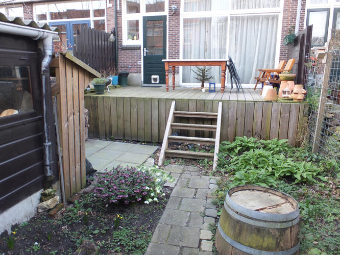 Opknappen tuin schuttingen grondverzet klein straatwerk for Tuin opknappen