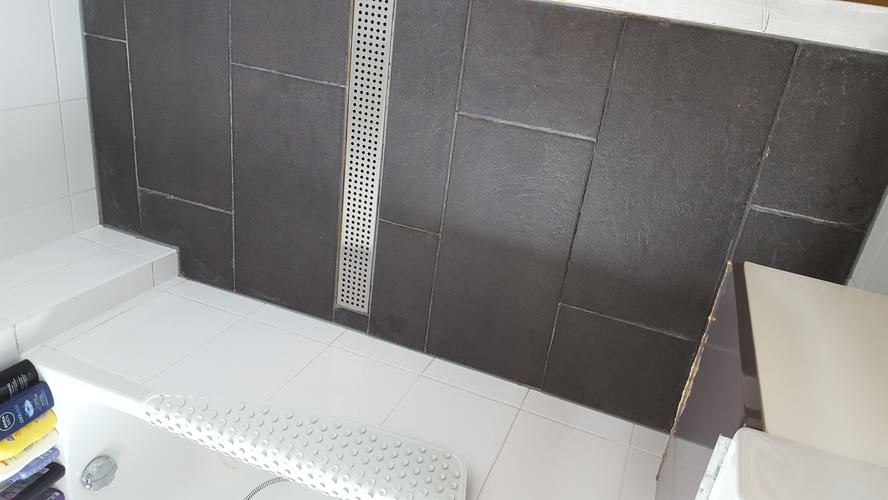 Badkamer vloer herstel voegen indien mogelijk of opnieuw betegelen ...