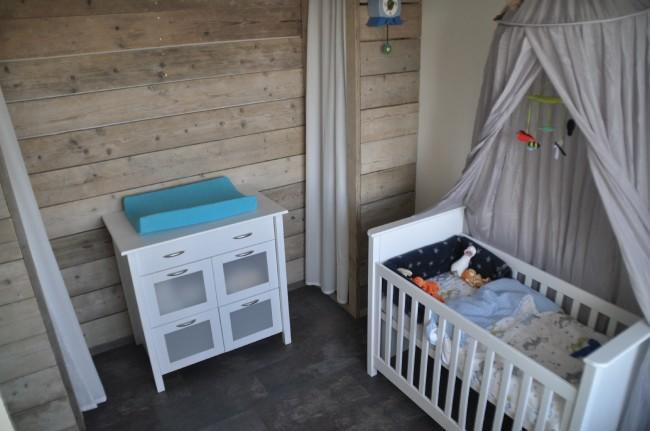 Steigerhout muur. good nursery wood wall steigerhout muur babykamer