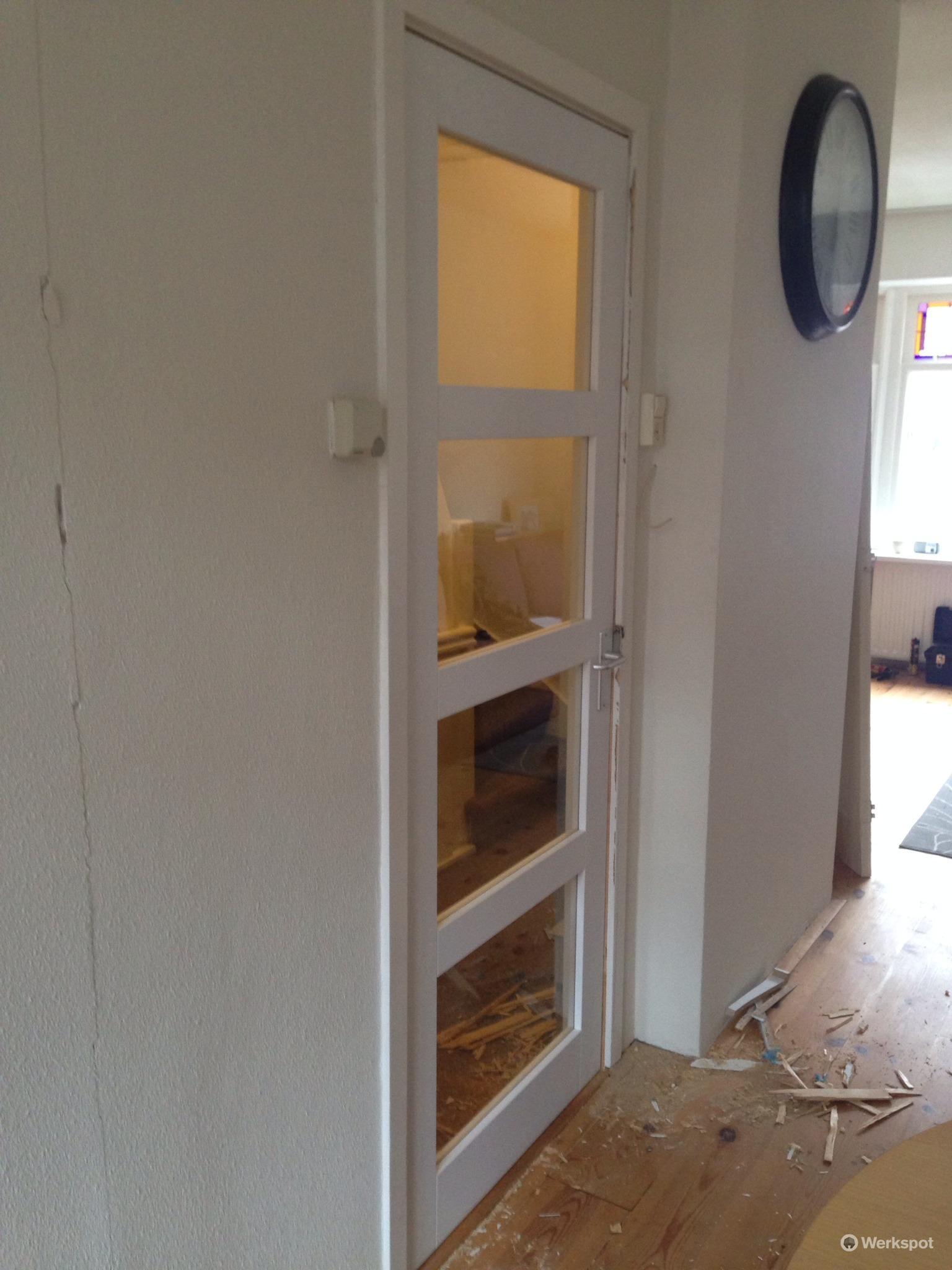 Vervangen van 4 stompe deuren - Werkspot