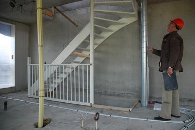 Beton zagen tbv trapgat werkspot for Trapgat maken in beton
