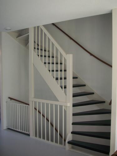 Open trap dicht maken werkspot for Trap mooi maken