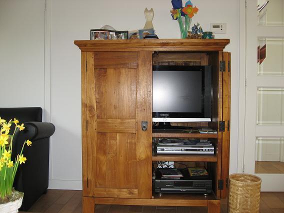 Gesloten Tv Kast : Maken van een mdf tv kast op maat werkspot