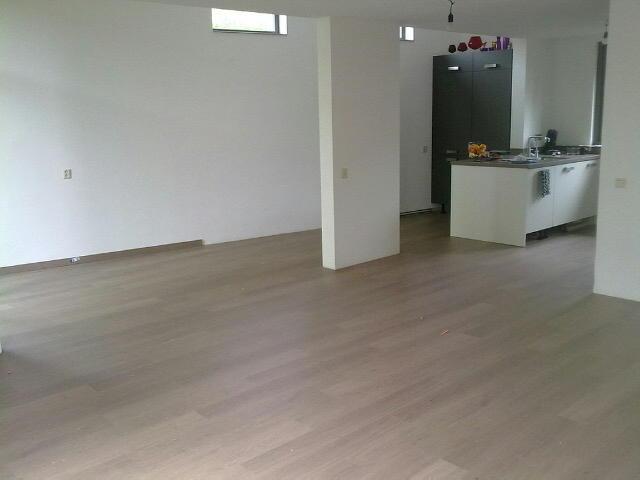 Laminaat leggen in woonkamer, keuken en gang - Werkspot