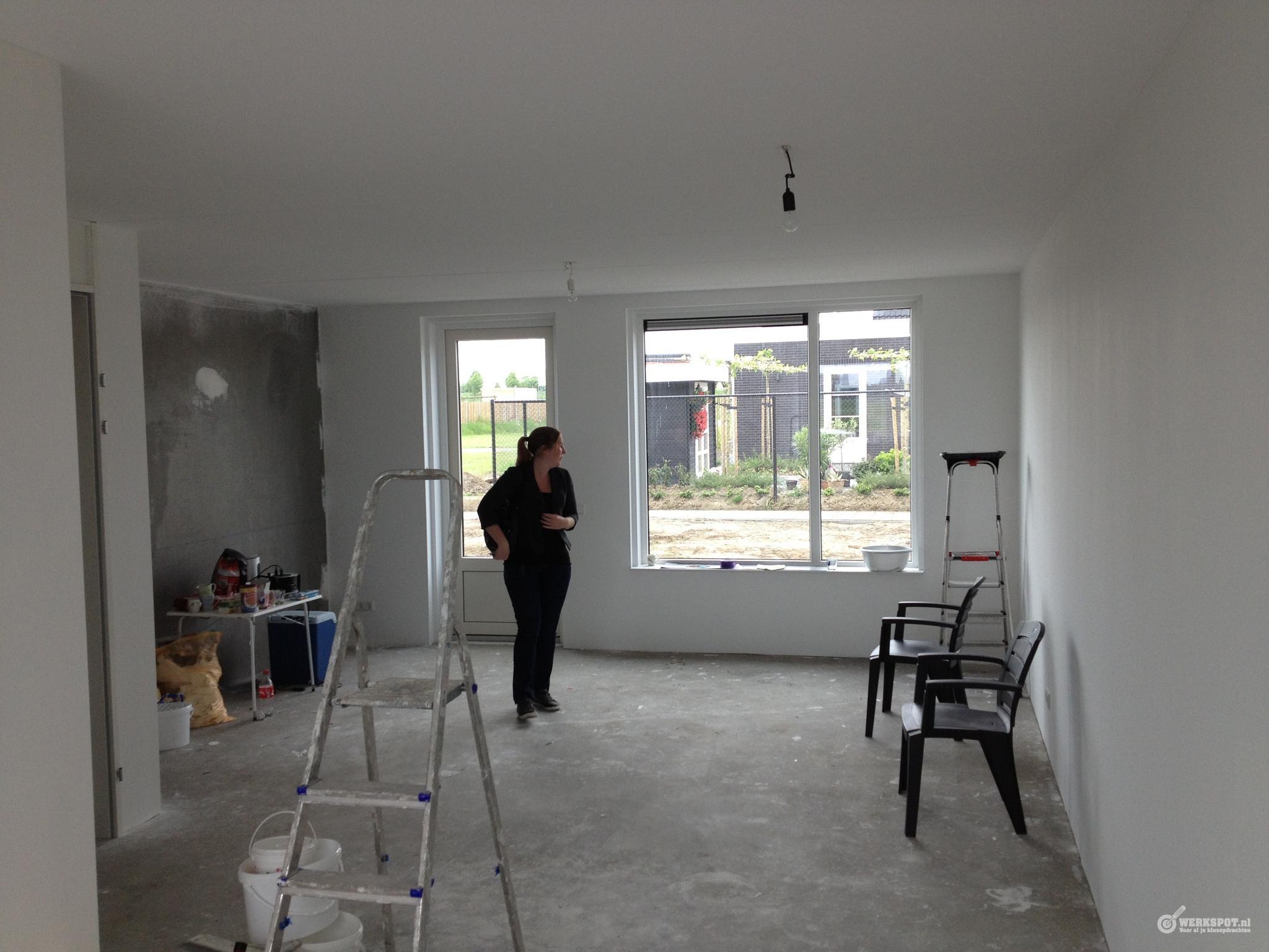 Bevestigen renovlies behang schilderen werkspot for Renovlies laten behangen