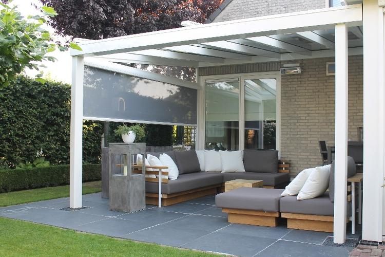 Tuin betegelen en veranda overkapping plaatsen werkspot - Gordijnen voor overdekt terras ...