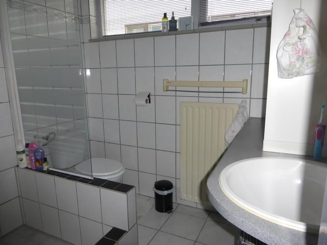 Badkamer Zonder Toilet : Badkamer verbouwen zonder slopen beton cire werkspot