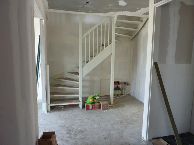 Renovlies behang in nieuwbouwwoning werkspot for Glasvezelbehang sauzen