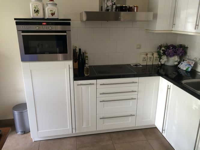 Ikea Keuken Schilderen : Gefineerde keukenkastdeurtjes vervangen voor nieuwe of schilderen
