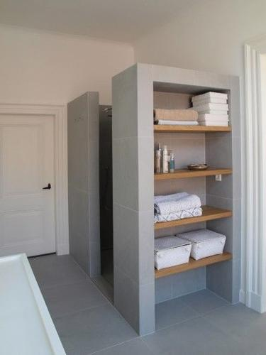Betonstuc/betonlook badkamer - Werkspot