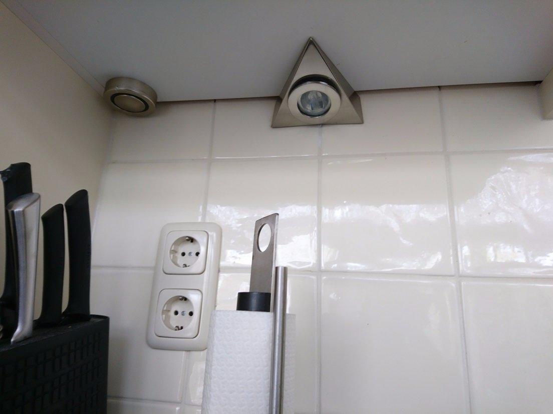 Onderbouwverlichting keuken vervangen - Werkspot