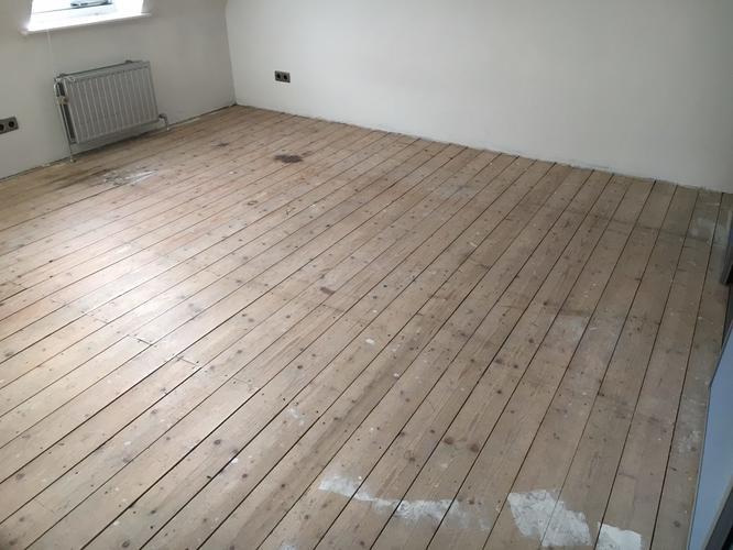 Ondervloer Houten Vloer : Egaliseren houten ondervloer 115 m2 werkspot