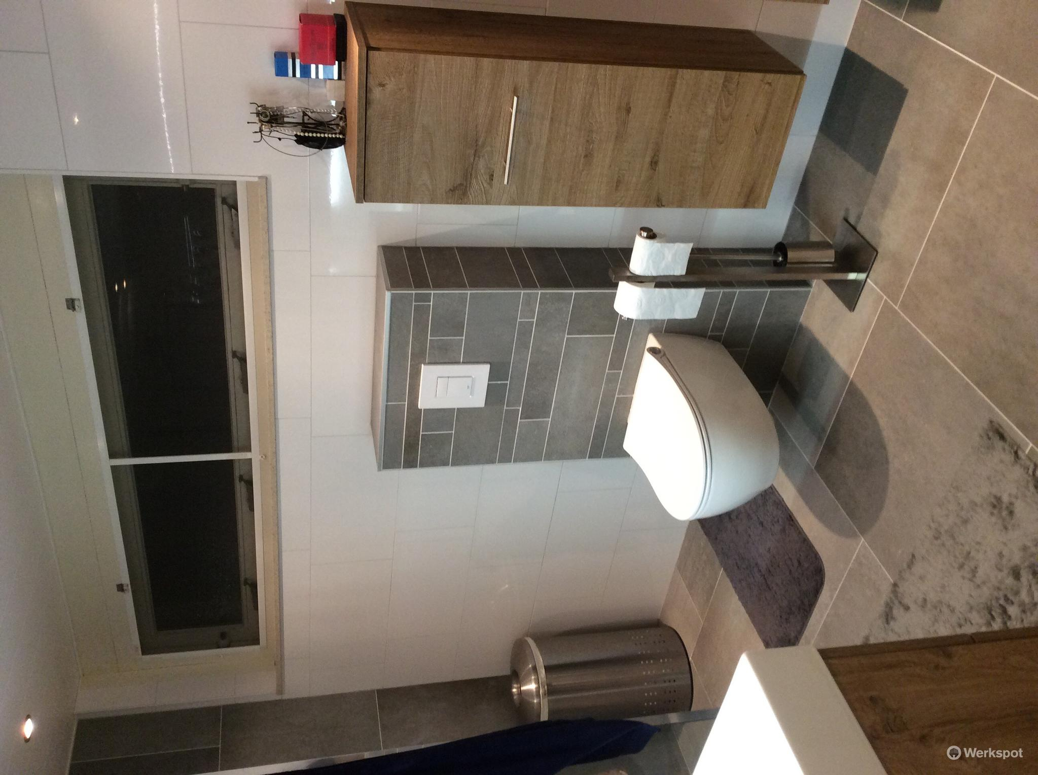 oude badkamer eruit, nieuwe erin. afmeting 2,20m x 3,20m - Werkspot