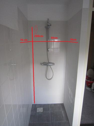 badkamer tegels vervangen ( douche gedeelte) - Werkspot