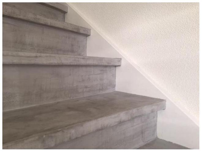 Betonlook creeeren op trap met verf werkspot for Betonlook verf