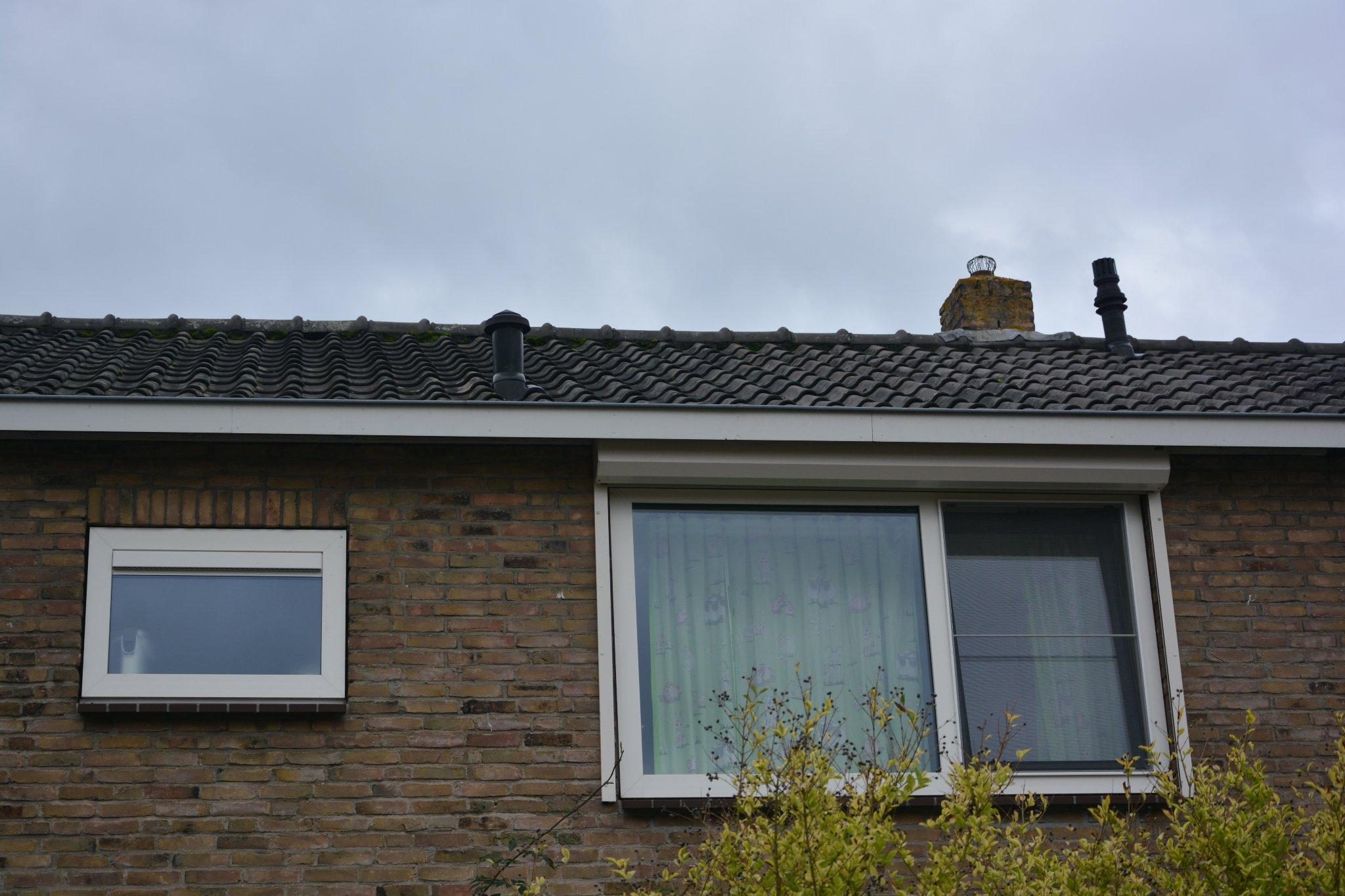 Badkamer Ventilatie Dakdoorvoer : Vervangen dakdoorvoer ventilatie badkamer werkspot