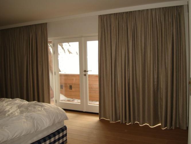 Maken indirect licht om de randen woonkamer werkspot - Gordijnen voor de woonkamer ...