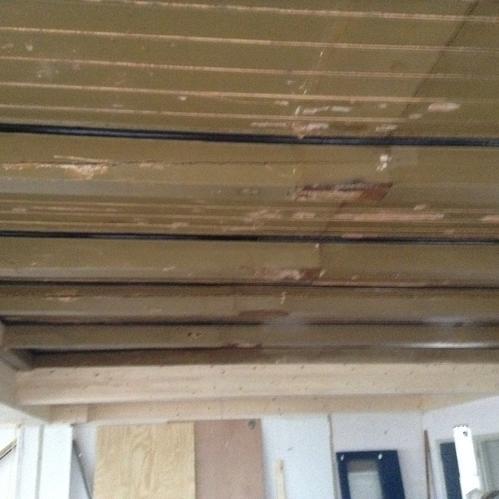 Houten plafond schilderen 90 m2 werkspot - Verf een houten plafond ...