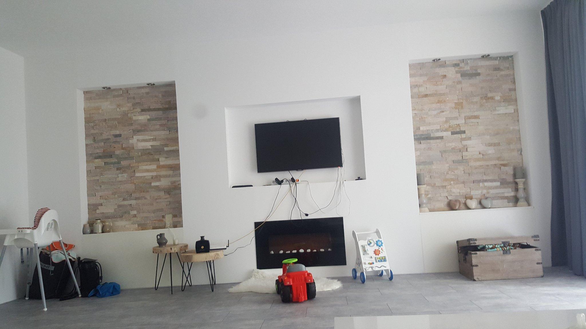 Tv Aan Muur : Tv aan de muur kabels wegwerken