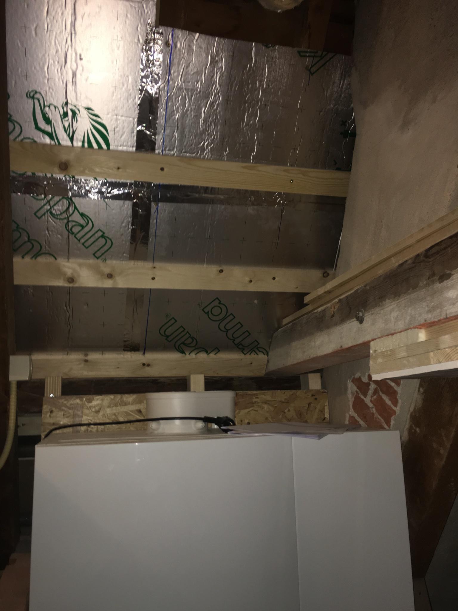 2x dakdoorvoer tbv CV-ketels en 2x dakdoorvoer tbv ventilatie - Werkspot