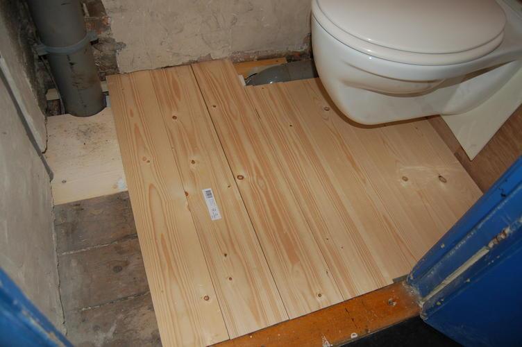 Wc vloer en muren betegelen werkspot