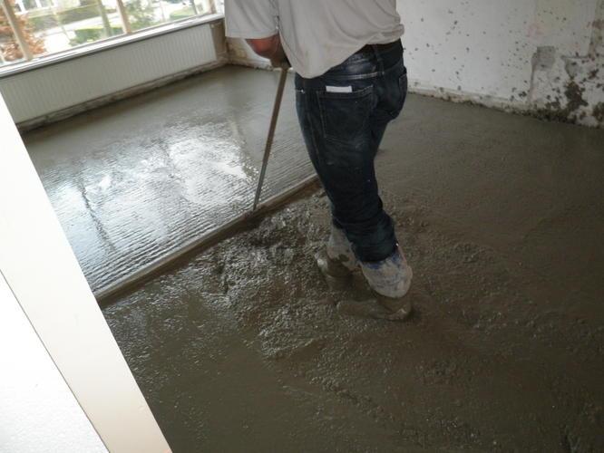 vervangen houten vloer door betonnen vloer - werkspot, Deco ideeën