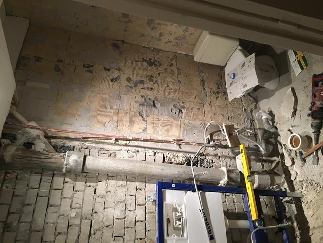 Stucen badkamer ongv m watervast stuc matriaal dient waterpas