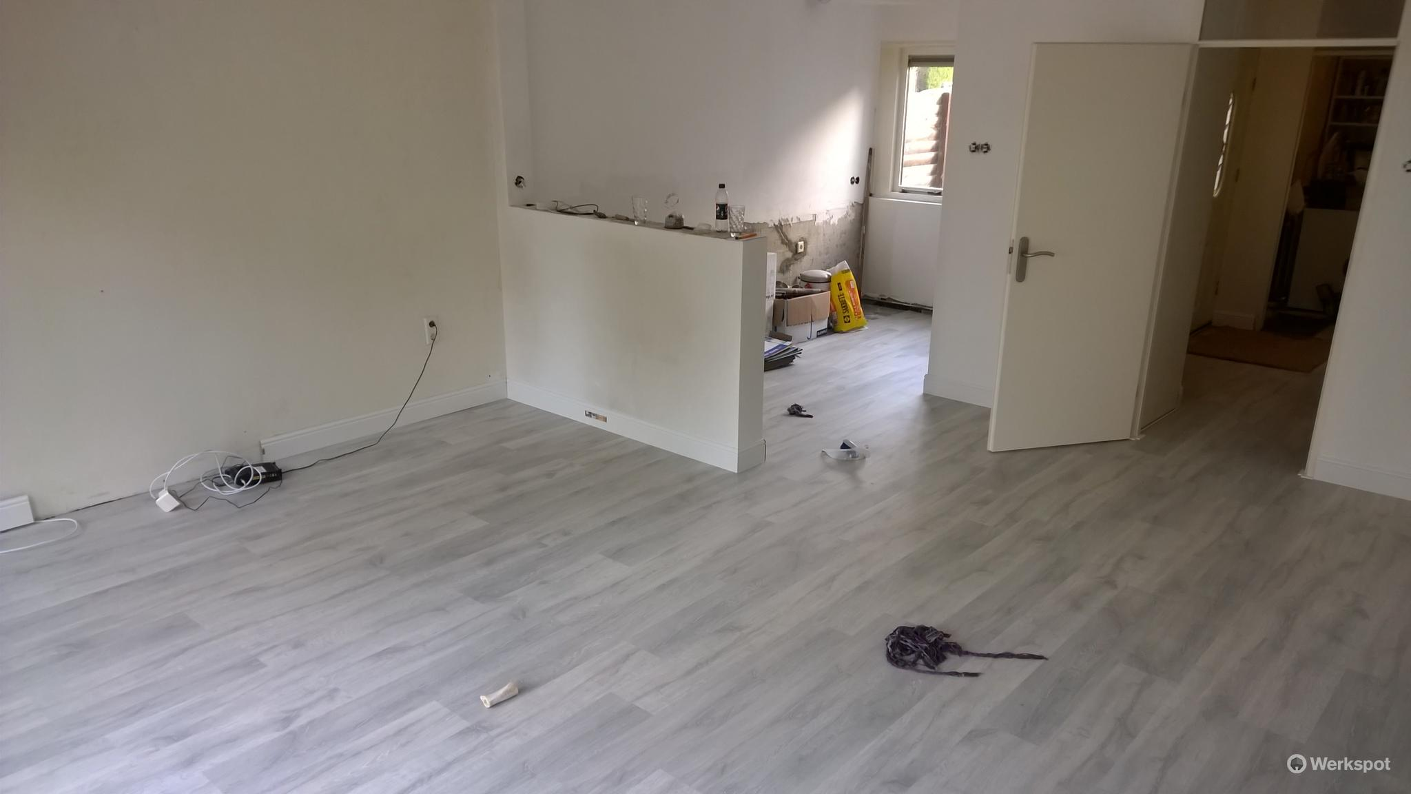 Laminaat leggen woonkamer, keuken, hal - Werkspot