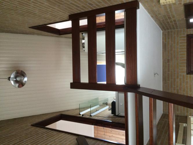 Vide In Hal : Gipsplaten bevestigen op schroten plafond in vide hal hoogte