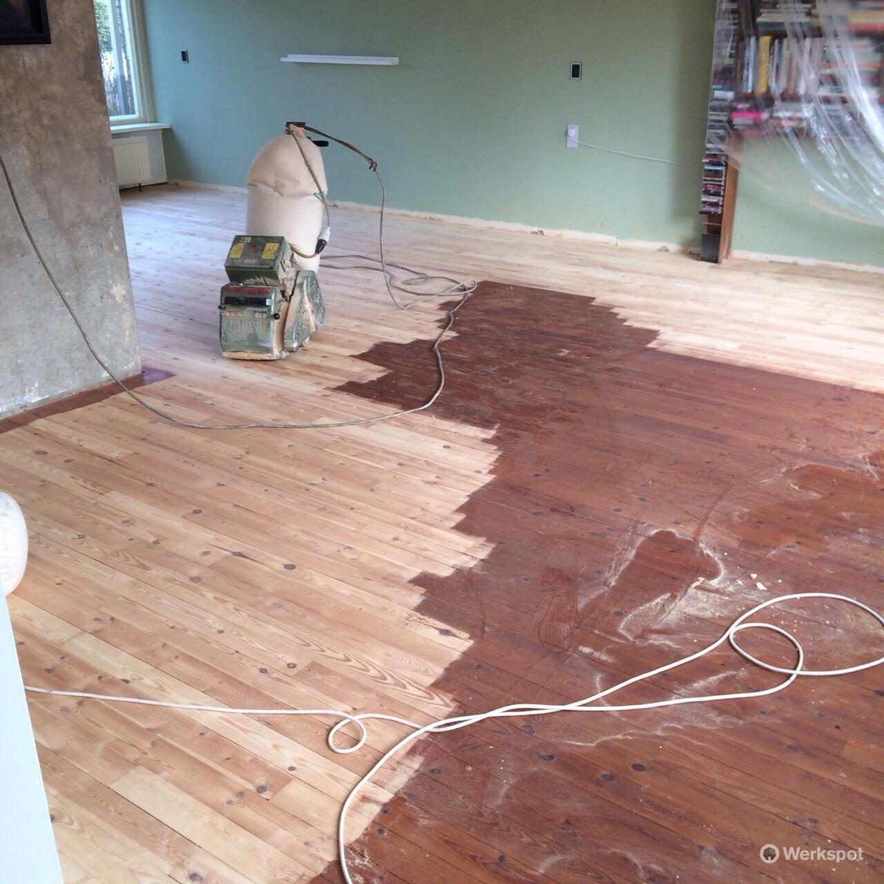 grenen vloer 51 m2 schuren en lakken of olien werkspot
