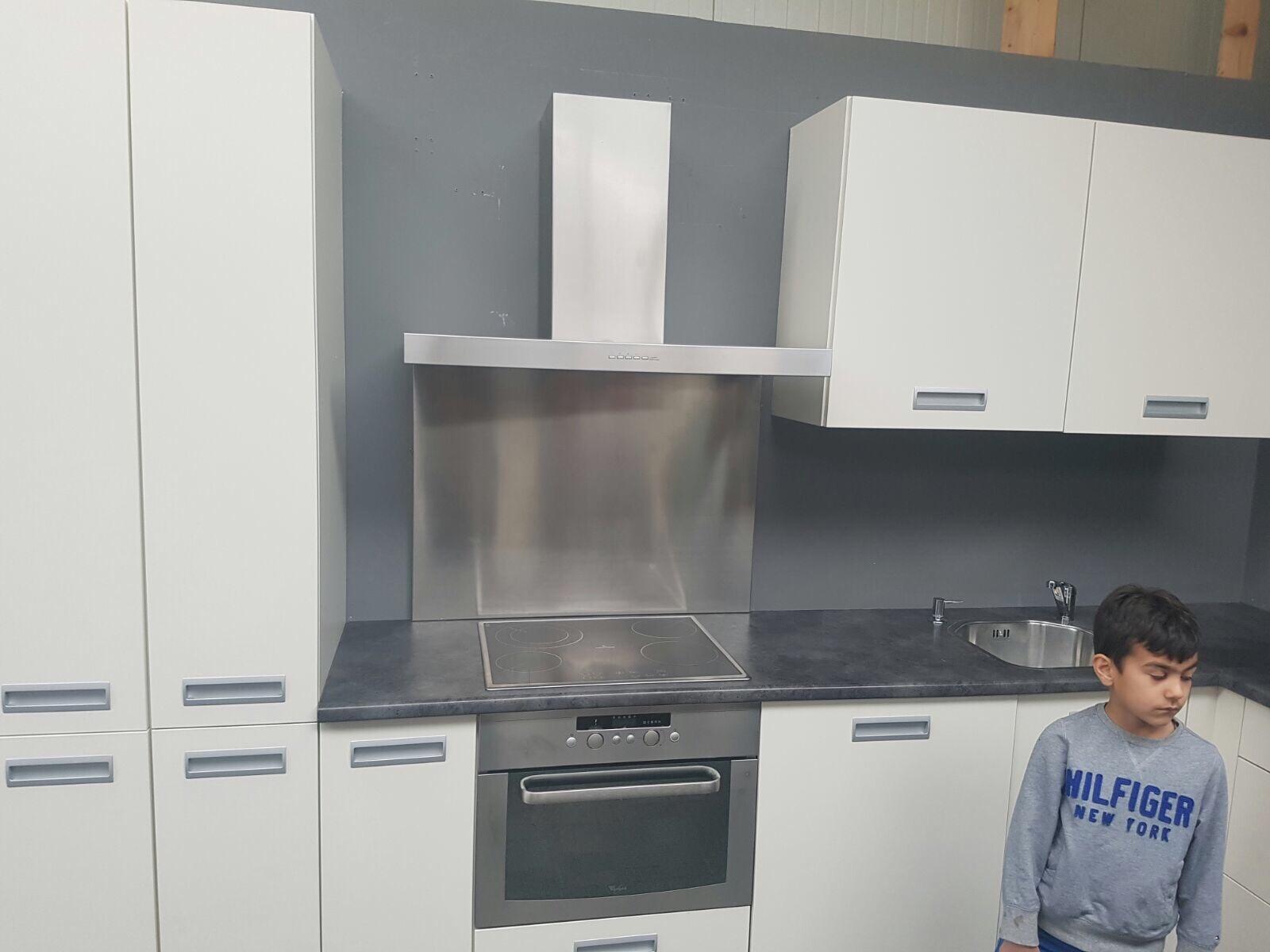 Gebruikte Rechte Keukens : Plaatste van gebruikte keuken Werkspot