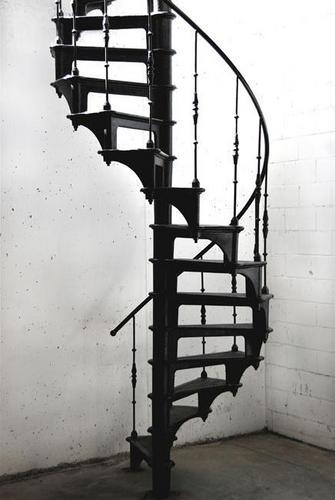 Trapgat maken en plaatsen gietijzeren trap werkspot for Plaatsen trap