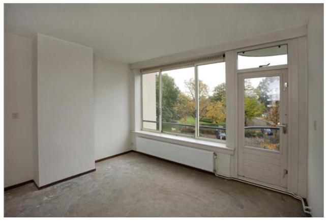 Radiatorbuizen woonkamer wegwerken of infrezen in vloer - Werkspot