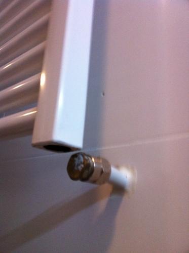 Aansluiten radiator in badkamer - Werkspot