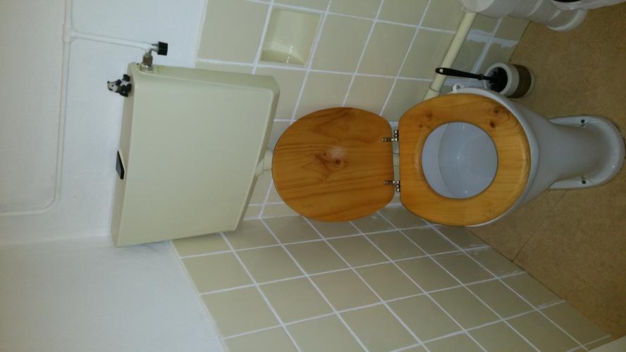 Hangend toilet inbouwreservoir installeren werkspot