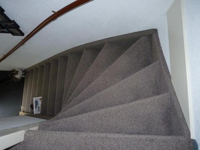 Zelf tapijt trap leggen: trap bekleden youtube. trap zelf bekleden