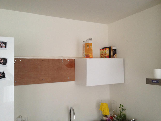 Keukenkast Ophangen Ikea : Ophangen 2x ikea keukenkastje op gipsplaat wand werkspot