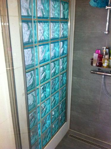 Glazen deur, dakraam en raam maken in badkamer - Werkspot